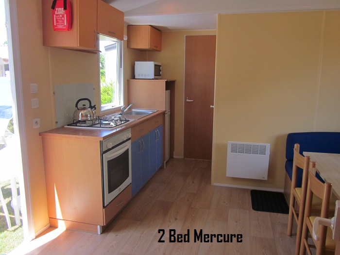 2 Bed Mercure Kitchen.JPG