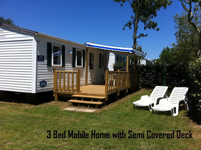 Thomas James Ile d'Oleron Holidays 3 Bed with Semi Covered Decking.JPG