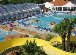 Thomas James HolidaysOceano Pool.jpg