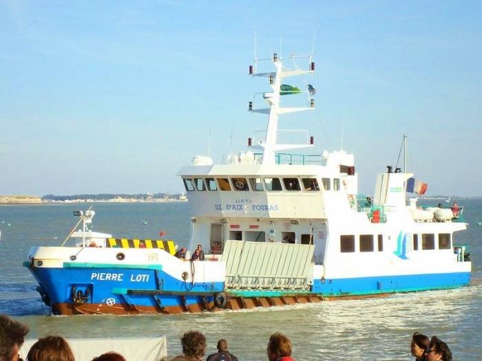 Ile d'Aix Boat